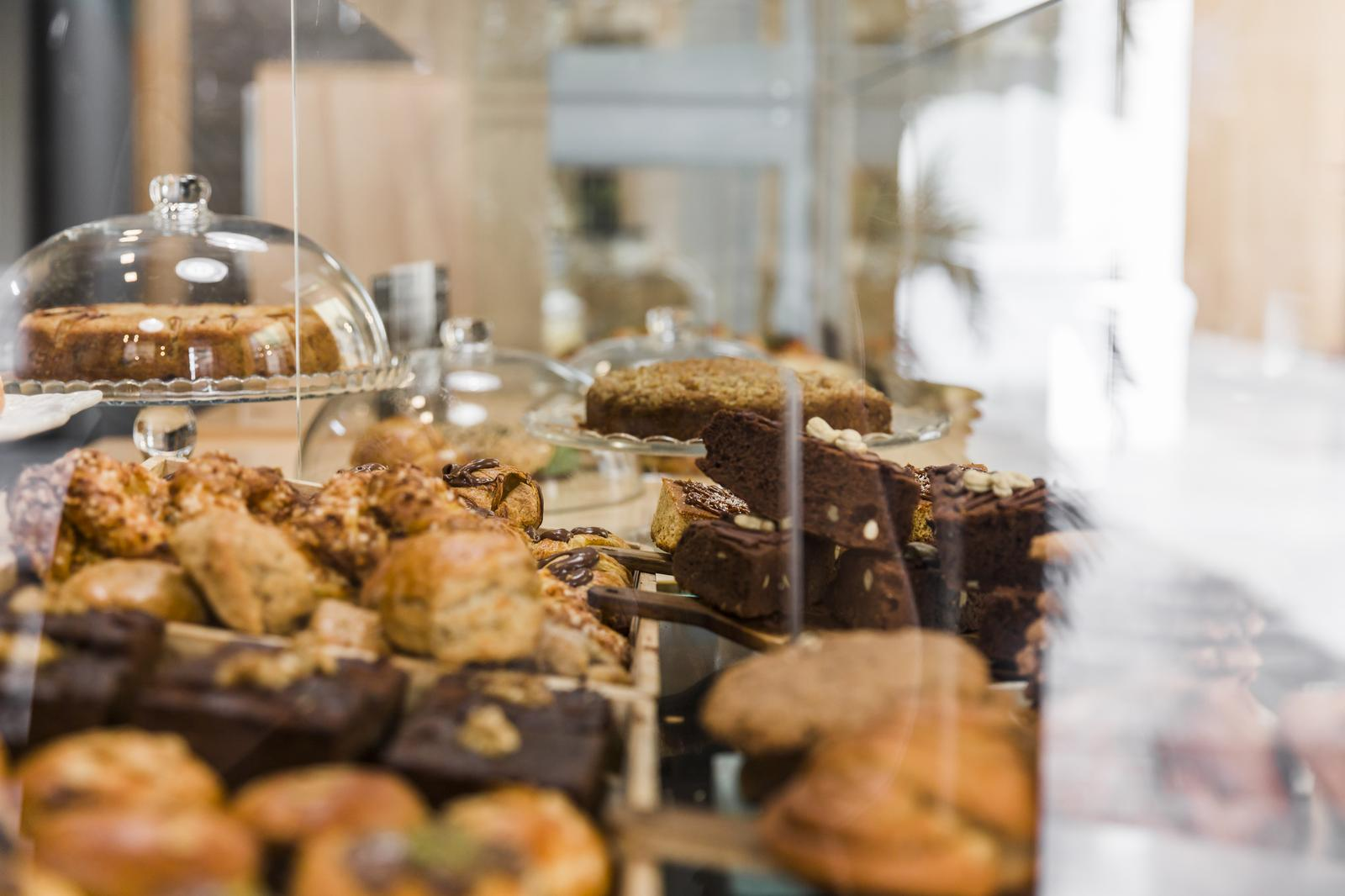 Manufacture of bread; manufacture of fresh pastry goods and cakes in Valga