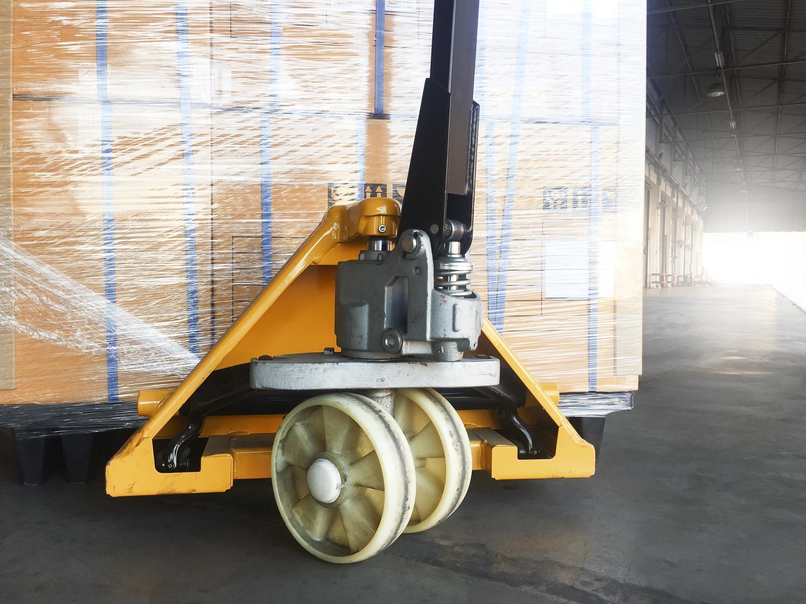 Installation of industrial machinery and equipment in Pärnu