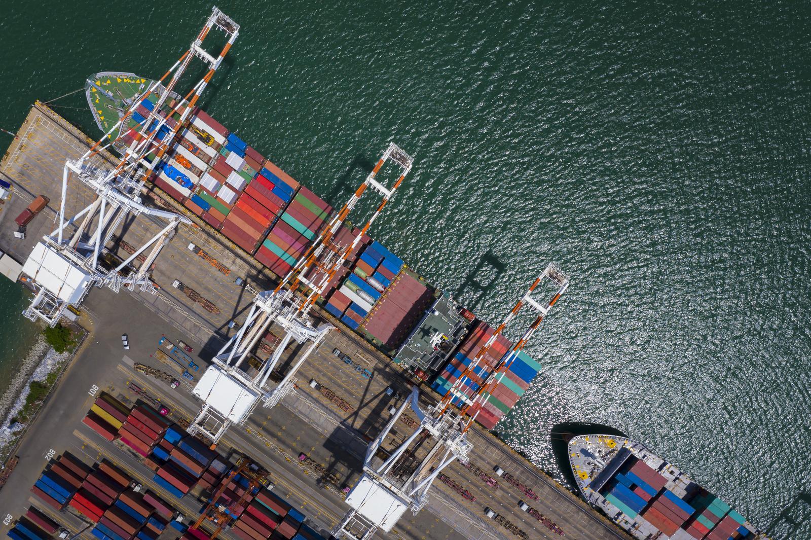 Port and waterway operation services in Kuressaare