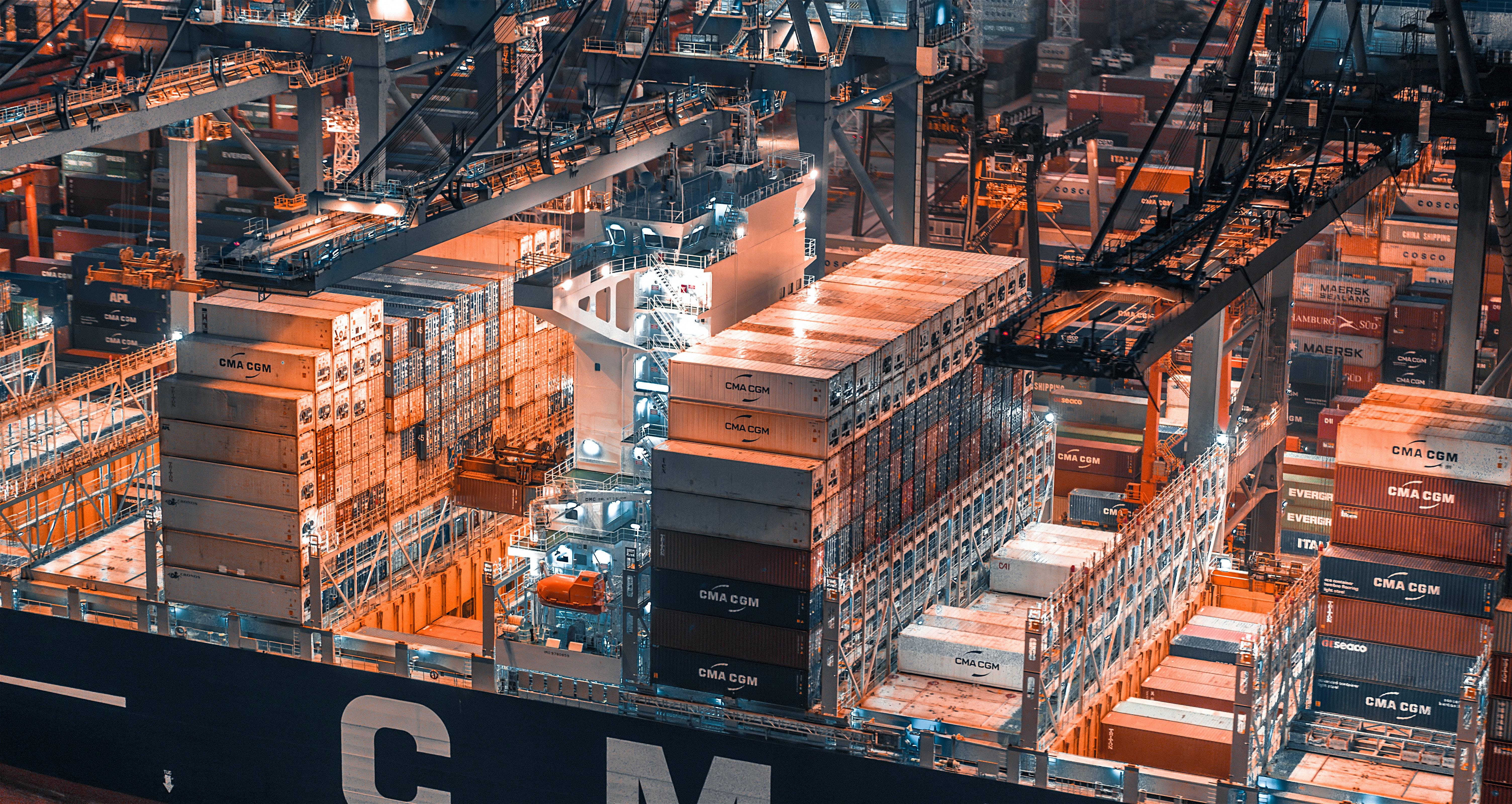 Cargo handling in Tallinn