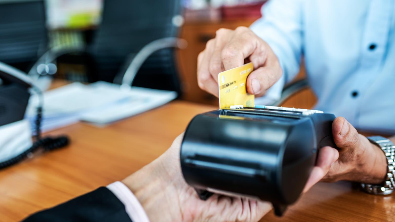 Finantsteenuste abitegevused Eestis