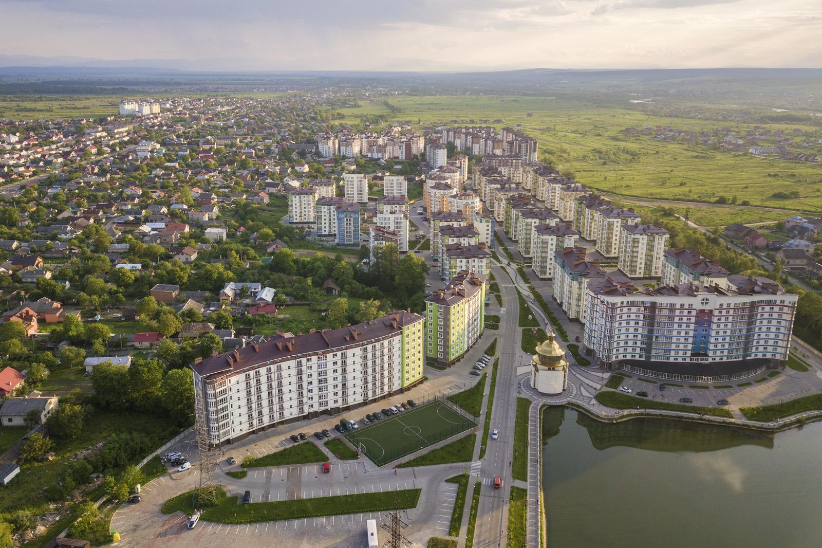 Rental and operating of own or leased real estate in Tallinn
