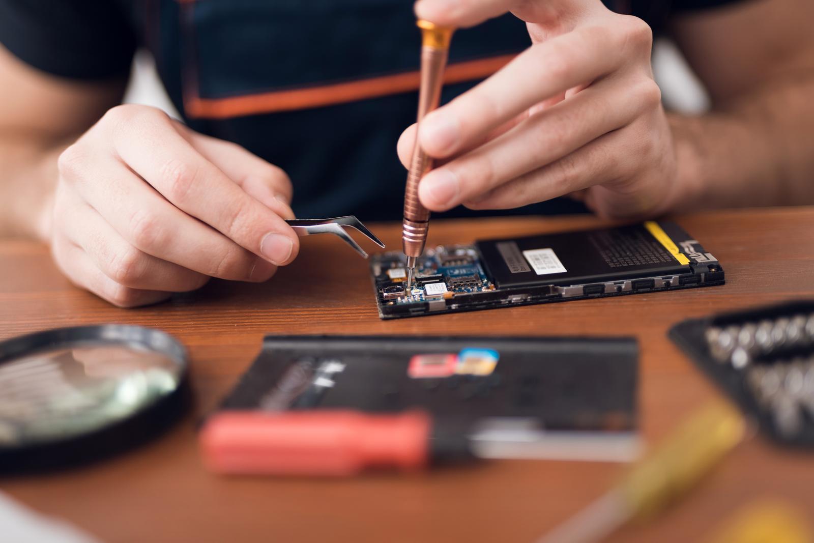 Repair of computers and peripheral equipment in Võru