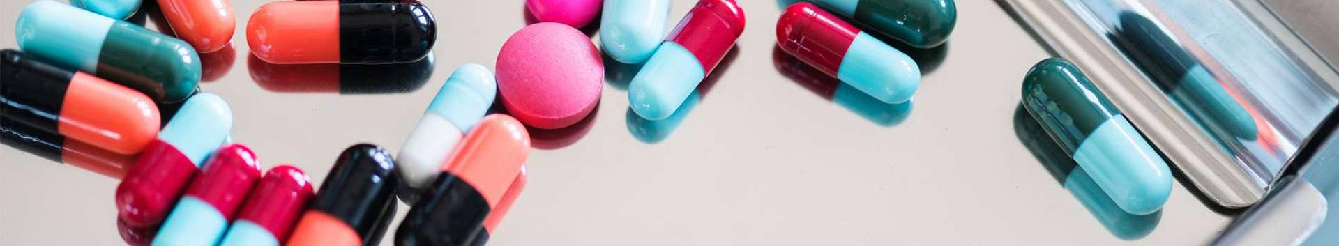 ravimid, ravimite hulgimüük, tervishoid, farmaatsiapreparaadid, paratsetamoolipreparaadid, valuvaigistid, farmatseutilised preparaadid ja ained, vitamiinid ja vitamiinpreparaadid, meditsiinilised dieetpreparaadid ning -ained, meditsiinilised toidulisandid